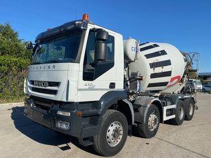 IVECO Trakker 410 kamion mješalica za beton